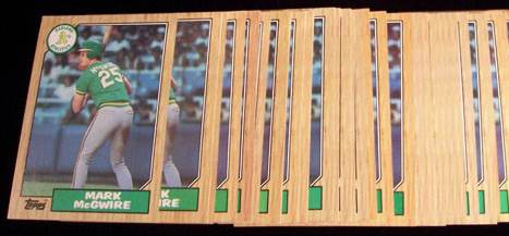 1987 Topps #366 Mark McGwire - Lot of (20) (A's) Baseball cards value