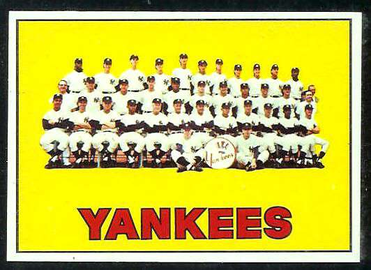 1967 Topps #131 Yankees TEAM card [#b] Baseball cards value