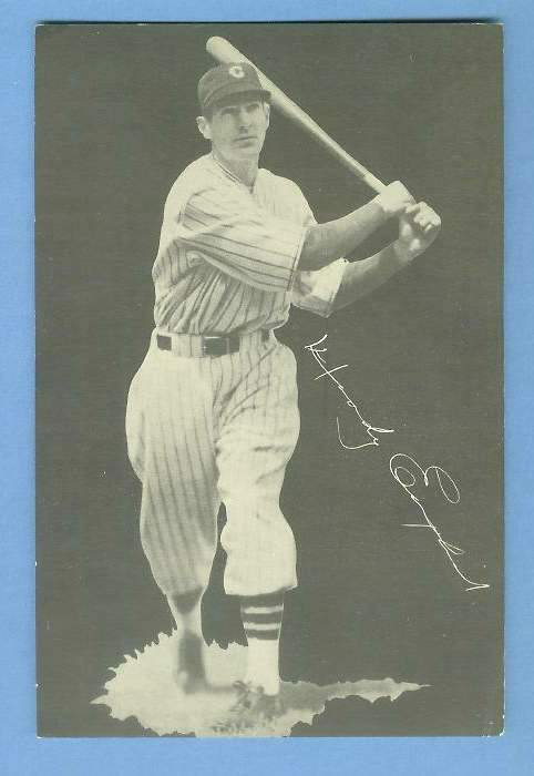 1932 Cubs Team Issue #.5 Woody English Baseball cards value