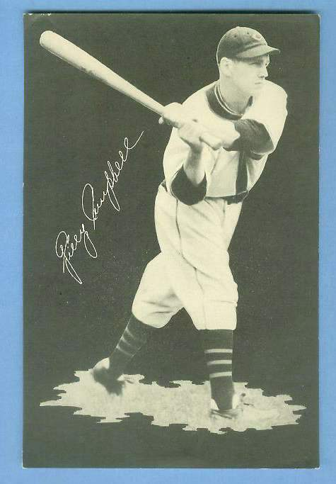 1932 Cubs Team Issue #28 Gilly Campbell Baseball cards value