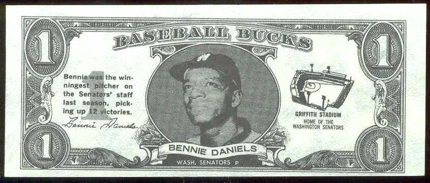1962 Topps Bucks #21 Bennie Daniels (Senators) Baseball cards value