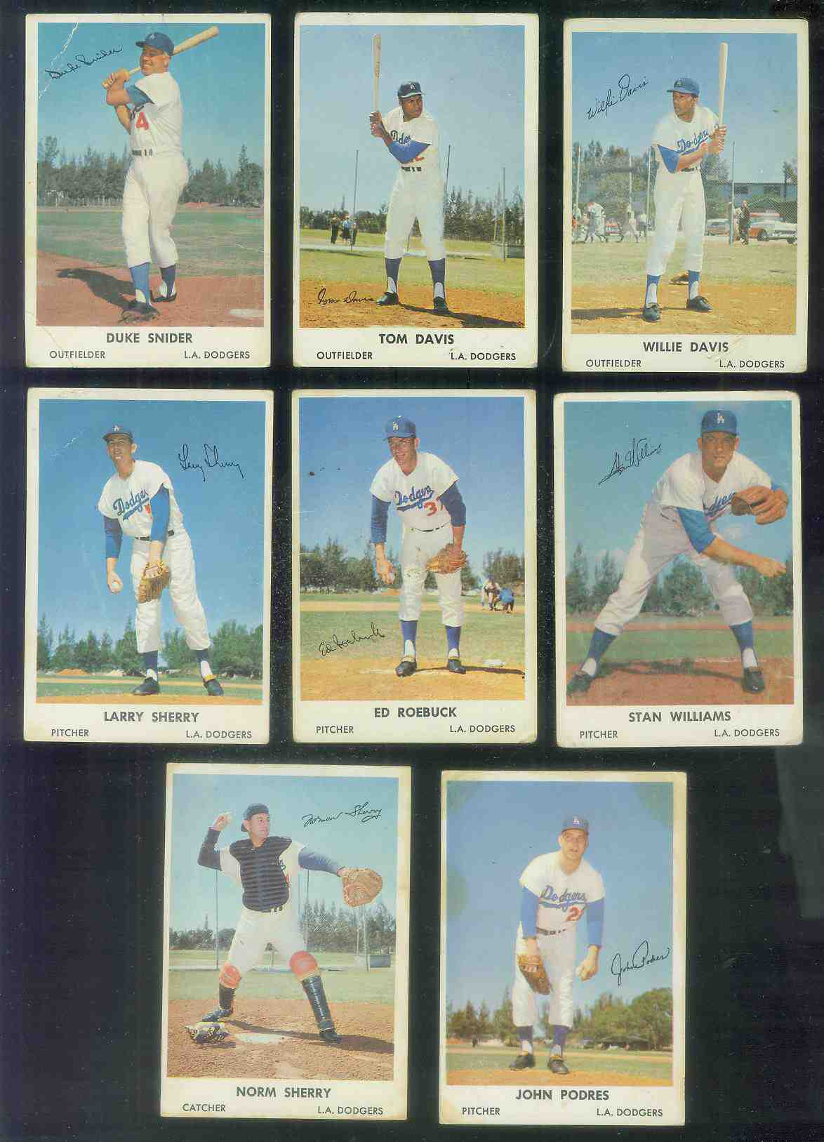 1961 Bell Brand Dodgers #12 Tommy Davis Baseball cards value