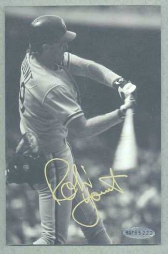 Robin Yount - UDA Autographed 3,000 Hit Club photo (Brewers) Baseball cards value