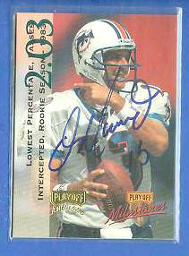 Brett Favre - 1995 Skybox Premium AUTOGRAPH #46 Football cards value