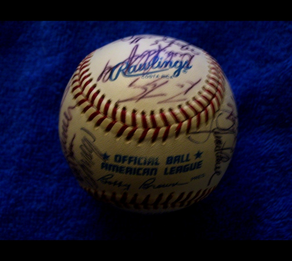 1991 Angels - Team Signed/AUTOGRAPHED baseball [#ed02] w/22 Signatures Baseball cards value