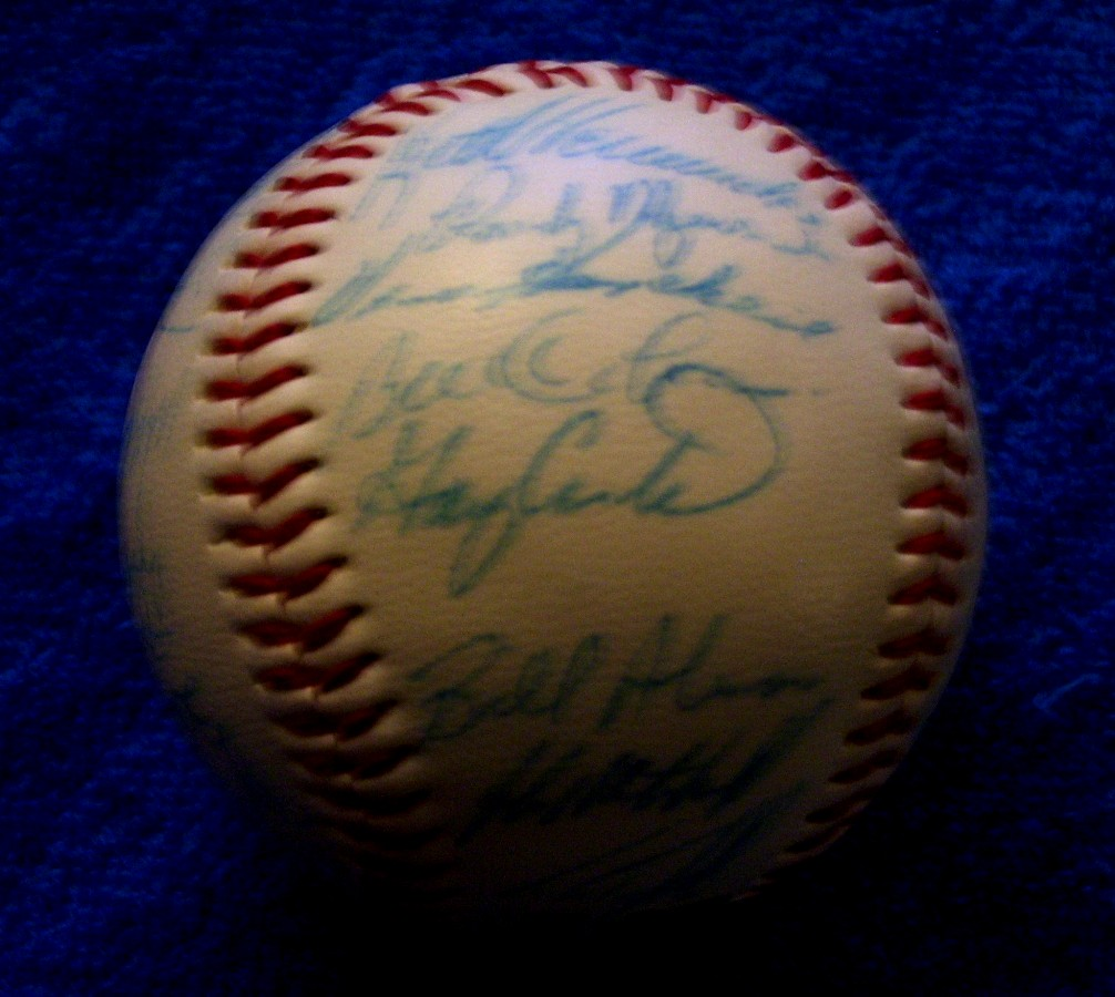 1987 METS - Team Signed/AUTOGRAPHED baseball [#ed05] w/31 Signatures Baseball cards value