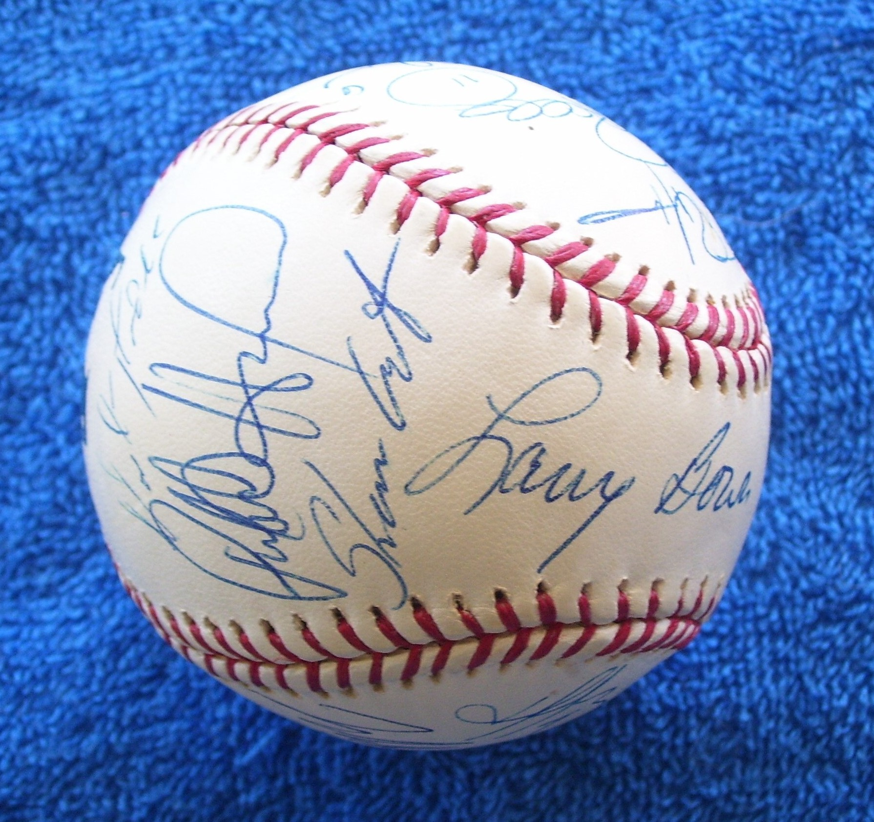 2004 Phillies - Team Signed/AUTOGRAPHED baseball [#ed13] w/14 Signatures Baseball cards value