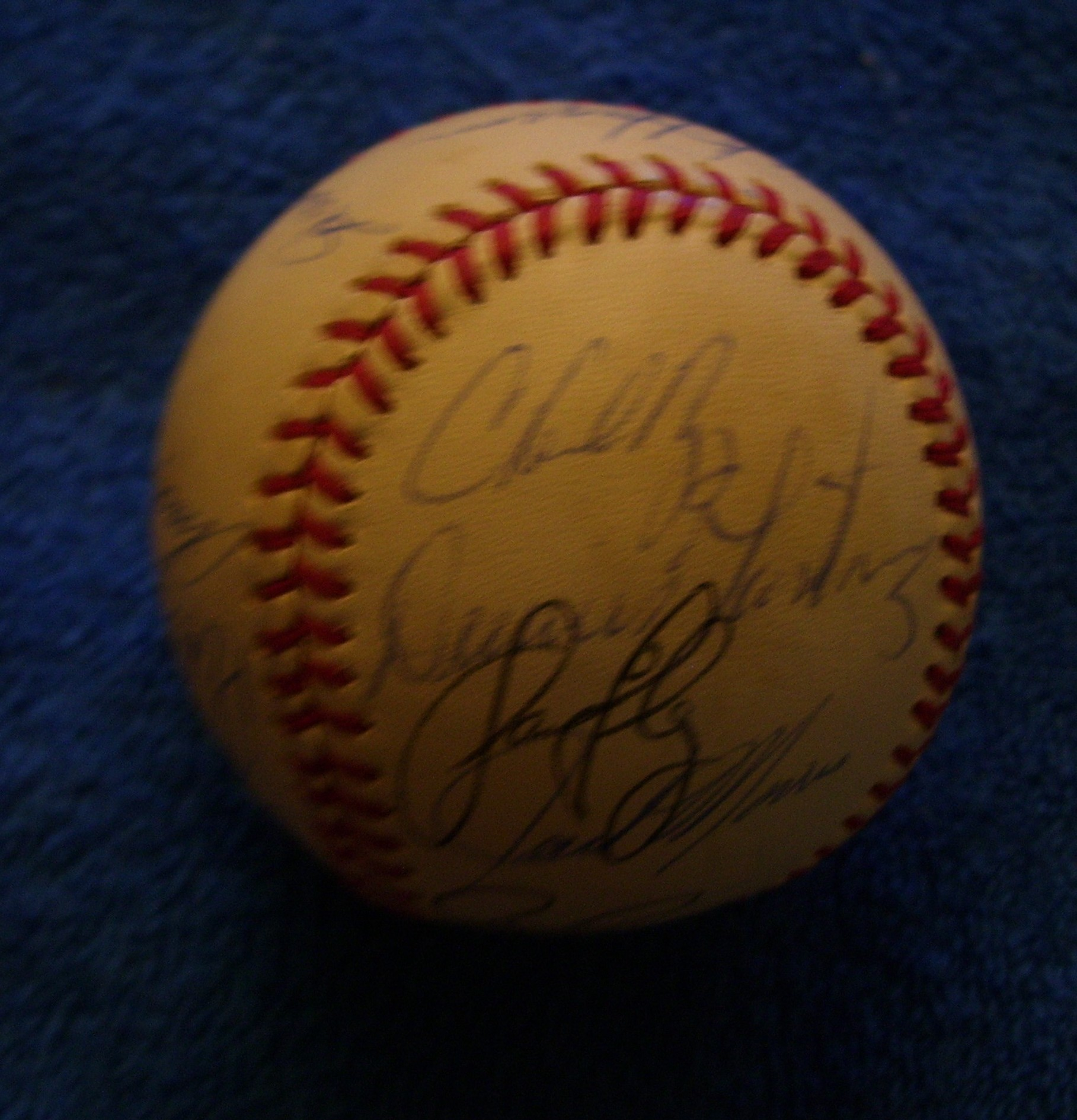 1994 Indians - Team Signed/AUTOGRAPHED baseball [#ed4-05] w/21 Signatures Baseball cards value
