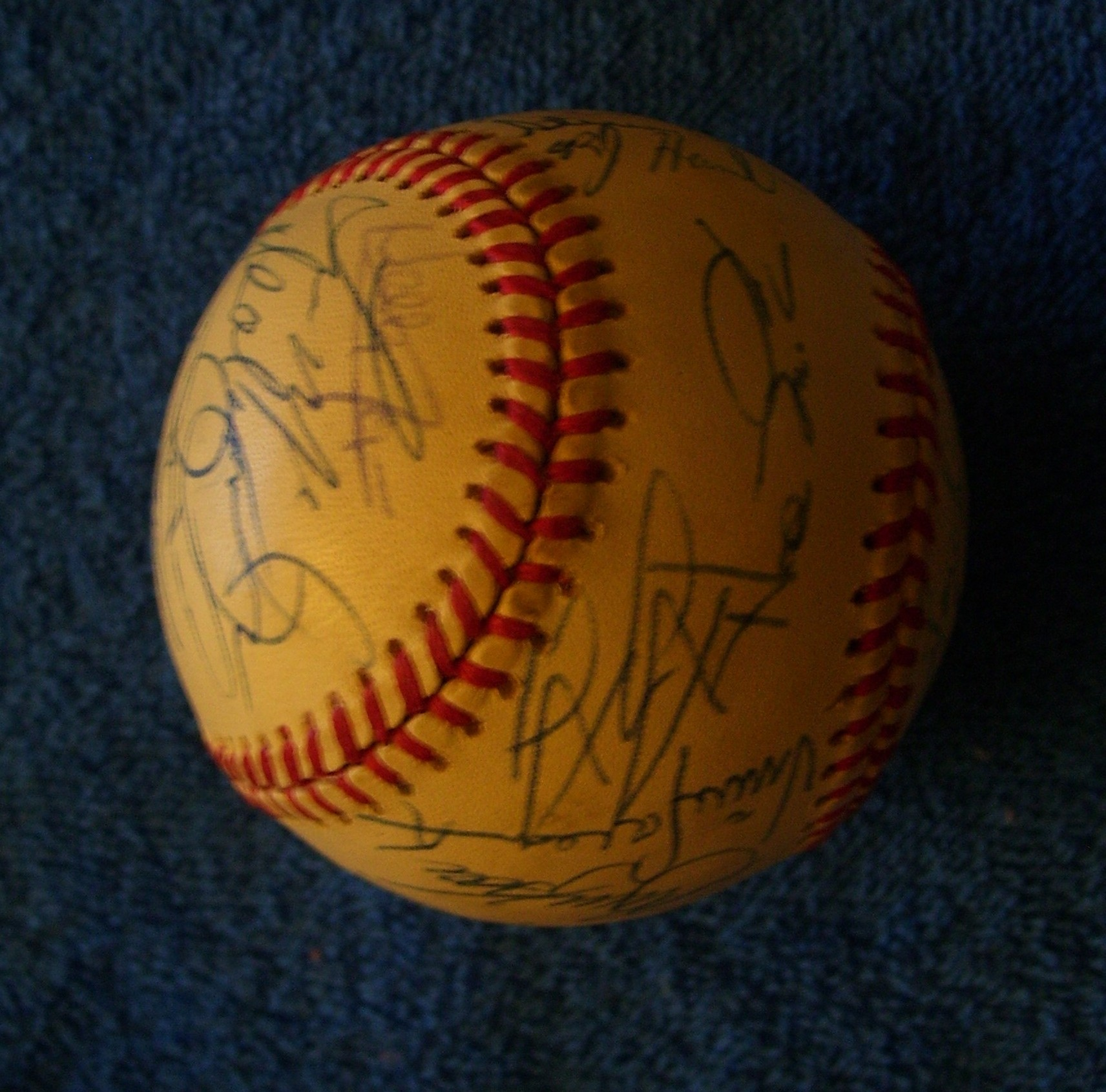 1994 Royals - Team Signed/AUTOGRAPHED baseball [#ed4-07] w/30 Signatures Baseball cards value