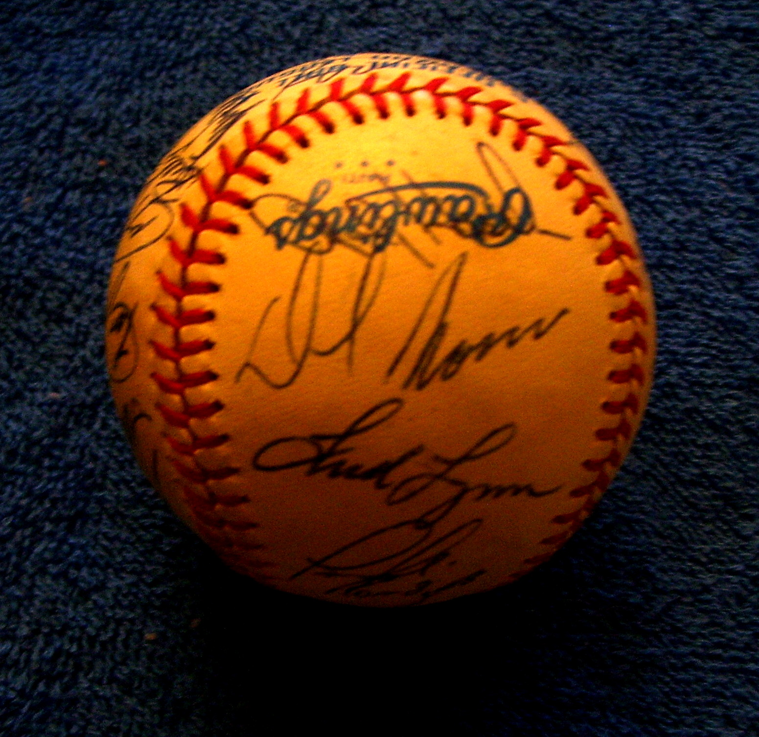 1983 Angels - Team Signed/AUTOGRAPHED baseball [#ed4-11] w/24 Signatures Baseball cards value