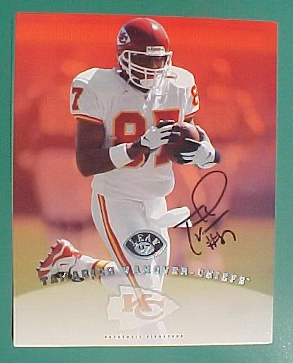 Terrell Owens - 1997 Leaf Signature Edition 8x10 AUTOGRAPHED (49ers) Football cards value