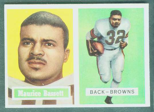 1957 Topps FB #.64 Maurice Bassett (Browns) Football cards value