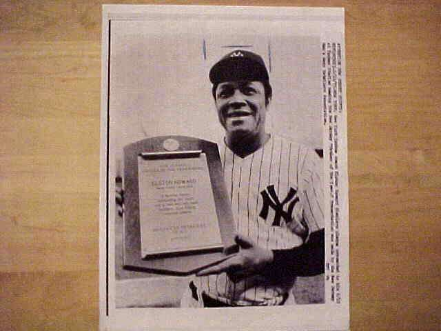 WIREPHOTO: Elston Howard - {06/10/77} 'Honored' (Yankees) Baseball cards value