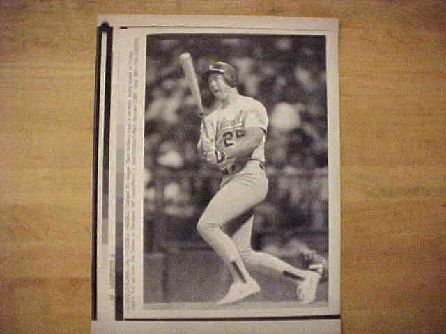 WIREPHOTO: Mark McGwire - {07/01/89} 'Double Trouble' (Athletics) Baseball cards value
