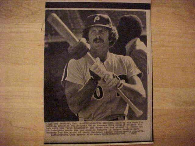 WIREPHOTO: Mike Schmidt - {10/04/77} 'Philadelphia Slugger' (Phillies) Baseball cards value