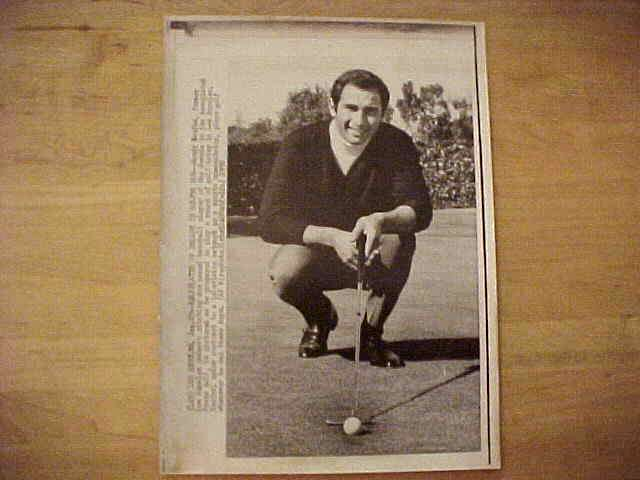 WIREPHOTO: Sandy Koufax - {01/29/70} 'Ballplayer Of Decade Is Golfer Now' ( Baseball cards value