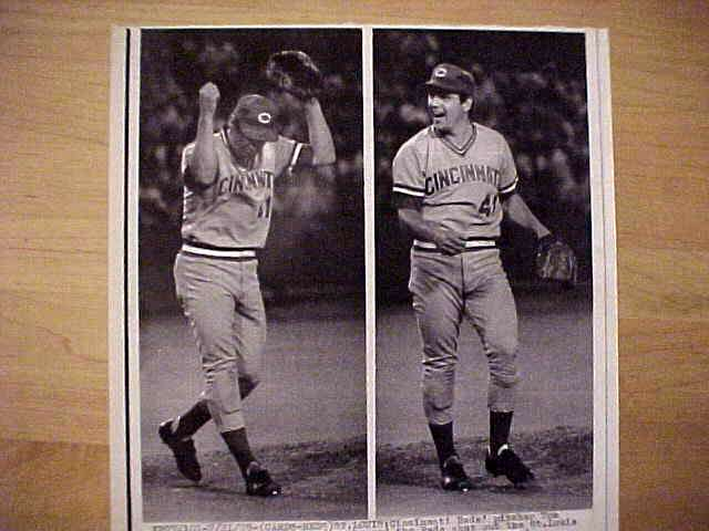WIREPHOTO: Tom Seaver - {07/21/79} 'Shoots The Birds' (Reds) Baseball cards value