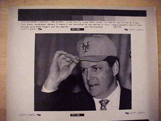 WIREPHOTO: Tom Seaver - {01/08/91} 'In The Hall' (Mets) Baseball cards value