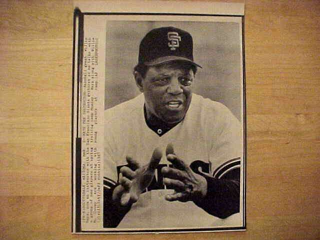 WIREPHOTO: Willie Mays - {03/02/87} 'Mays The Instructor' (Giants) Baseball cards value