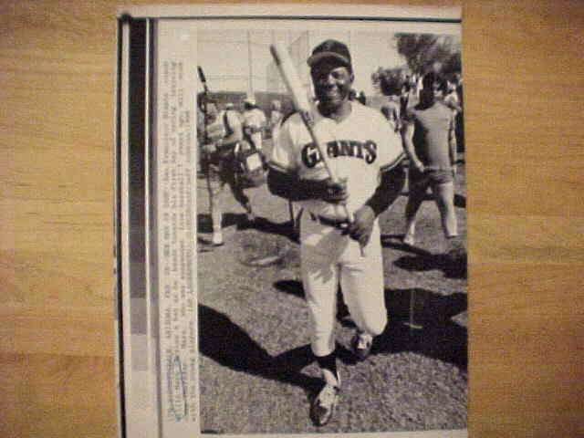 WIREPHOTO: Willie Mays - {02/28/86} 'New Man In Camp' (Giants) Baseball cards value