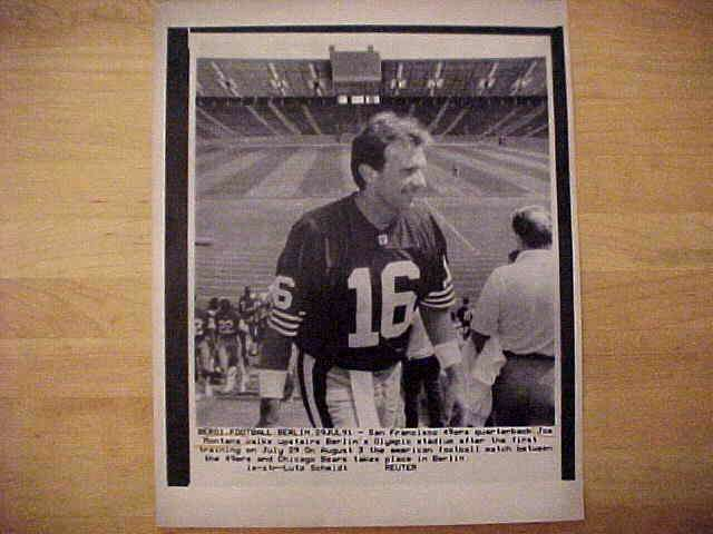 WIREPHOTO: Joe Montana - {07/29/91} 'Football In The Summer' (49ers) Football cards value