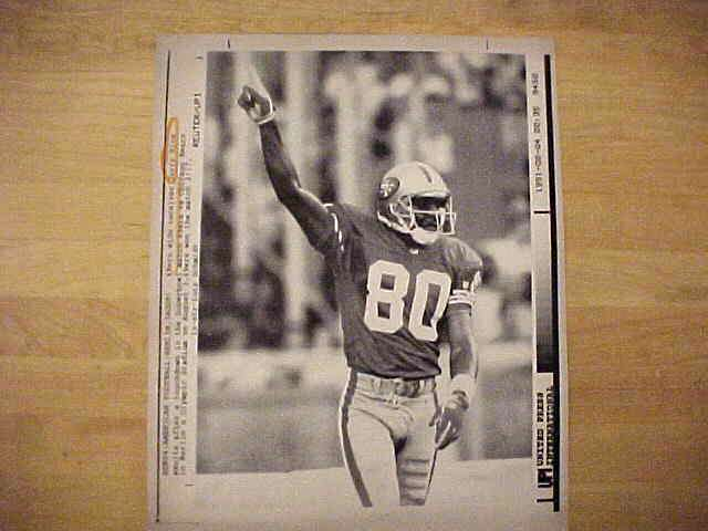 WIREPHOTO: Jerry Rice - {08/03/91} 'Overseas' (49ers) Football cards value
