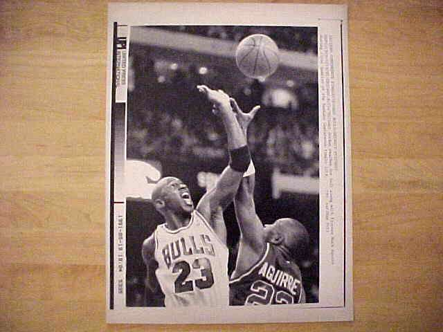 WIREPHOTO: Michael Jordan - {05/19/91} 'Go For It' (Bulls) Basketball cards value