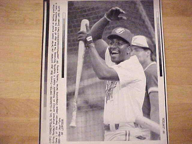 WIREPHOTO: Joe Carter - Lot of 10 different (Blue Jays) Baseball cards value