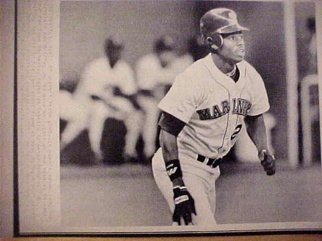 WIREPHOTO: Ken Griffey Jr - {04/27/89} 'Hasn't Taken Long' (Mariners) Baseball cards value