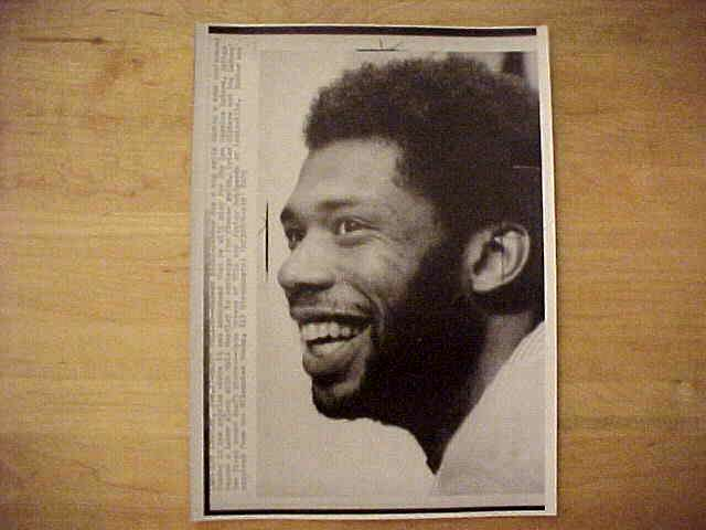 WIREPHOTO: Kareem Abdul-Jabbar - {02/09/77} 'Stuffed!' (Lakers) Basketball cards value