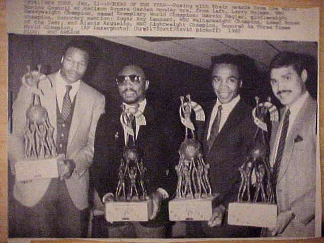 WIREPHOTO {Boxing}: Sugar Ray Leonard - {01/11/82} 'Boxers Of The Year' Boxing cards value