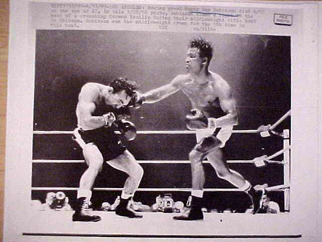 WIREPHOTO {Boxing}: Sugar Ray Robinson - {04/13/89} 'Last Fight' Boxing cards value