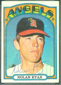 1972 Topps AUTOGRAPHED  Baseball card front